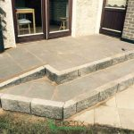 Step with easy wheelchair access